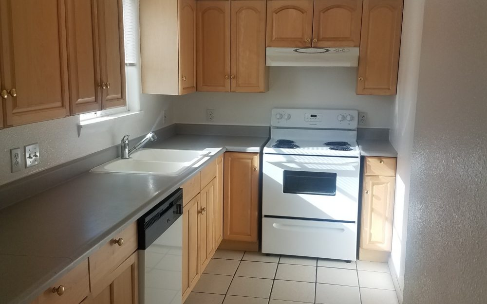 Upstairs Apartment-2131 N 9th St #8