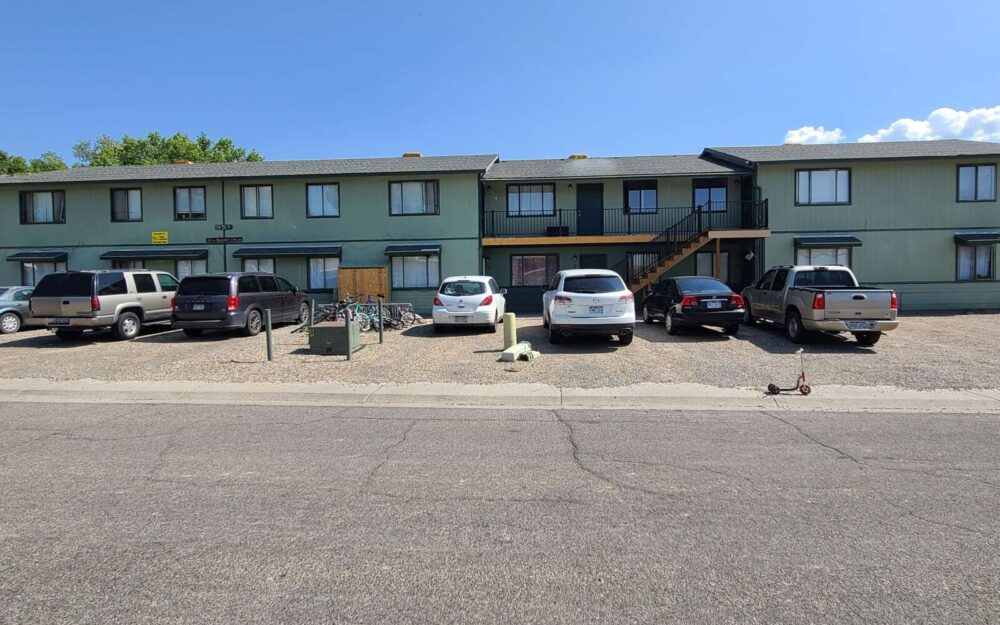 Apartment 951 Iowa Ave #8