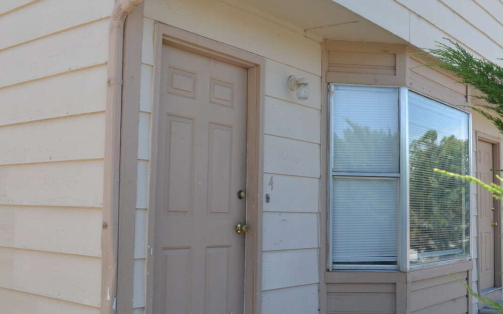 Townhouse- 3247 White Ave #4